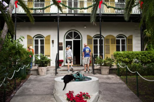 cats ernest hemingway home museum marlene dietrich